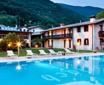 Hotel Ai Cadelach