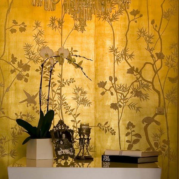 golden wall pattern