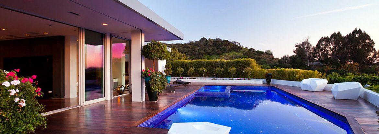 Reconfigured 1950′s House In Beverly Hills Jendretzki Beverly Hills House slide