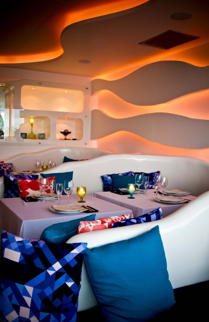 Top Lounge Clubs Around the World top lounge clubs Top Lounge Clubs Around the World cafe del mar11