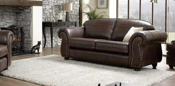 Tips for Decorating with Leather Furniture ac25dd9ab2696e01059dc48b8873ecfb