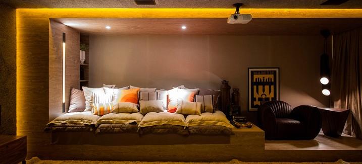 home-theater-interior-design-slide