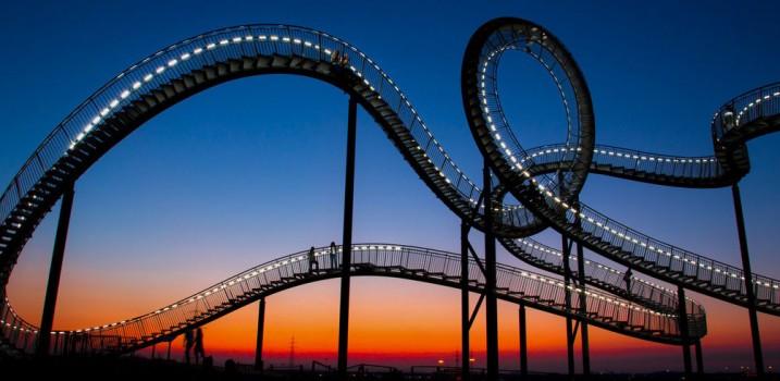 6-stairs-around-the-world-slide