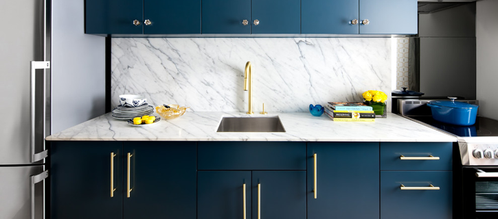 ck4-contemporary-kitchen-brass-slide gold is chic and modern Gold is Chic and Modern: Brass Fixtures to Upgrade your Kitchen ck4 contemporary kitchen brass slide