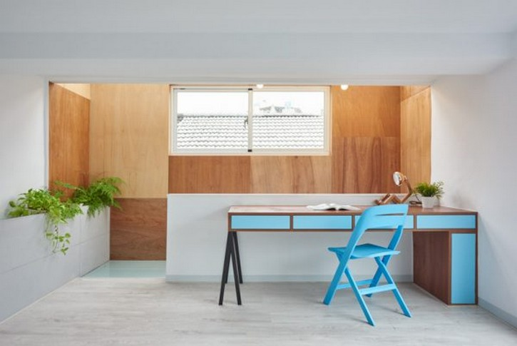 Scandinavian and Taiwanese get together in this Minimalistic Home ➤Discover the season's newest designs and inspirations. Visit us at www.designbuildideas.eu #designbuildideas #homedecorideas #colorschemeideas @designbuildideas