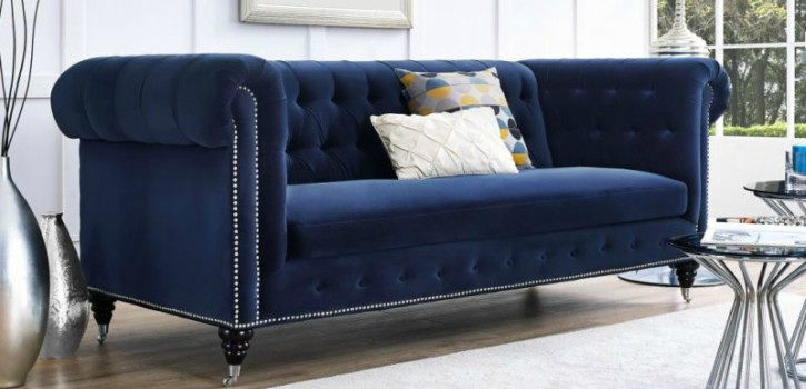 Put your House shinning this Christmas with these 7 velvet sofas ➤Discover the season's newest designs and inspirations. Visit us at www.designbuildideas.eu #designbuildideas #homedecorideas #colorschemeideas @designbuildideas velvet sofas Put your House shinning this Christmas with these 7 velvet sofas PutyourHouseshinningthisChristmaswiththese7velvetsofas1