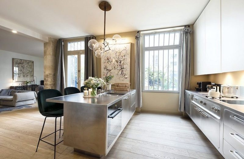 What About This Cool Parisian Modern Home Makeover By Studio 10surdix? ➤ Discover the season's newest designs and inspirations. Visit Design Build Ideas at www.designbuildideas.eu #designbuildideas #bestdesignevets #designevents #londondesignfestival #londondesignfestival2017 @designbuildidea parisian modern home makeover What About This Cool Parisian Modern Home Makeover By Studio 10surdix? Check this Awesome Parisian Modern Home Makeover By Studio 10surdix 5