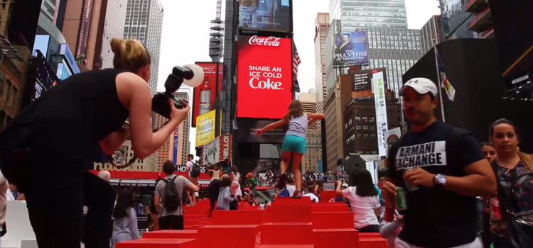 Coca-Cola 3D Robotic Billboard in Times Square is Pretty Awesome! ➤ Discover the season's newest designs and inspirations. Visit Design Build Ideas at www.designbuildideas.eu #designbuildideas #dailydesignnews #cocacola #designnews #designagenda @designbuildidea coca-cola 3d robotic billboard Coca-Cola 3D Robotic Billboard in Times Square is Awesome! Coca Cola 3D Robotic Billboard in Times Square is Pretty Awesome