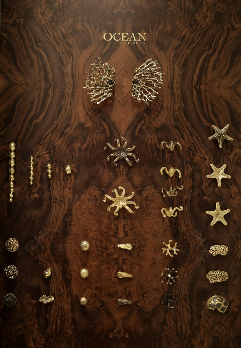 Discover a Collection of Luxury Hardware Designs Inspired by the Ocean 6 luxury hardware designs Discover a Collection of Luxury Hardware Designs Inspired by the Ocean Discover a Collection of Luxury Hardware Designs Inspired by the Ocean 6