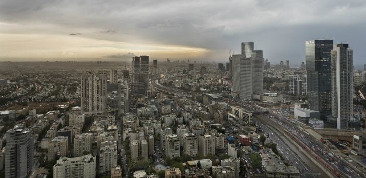 loft project Discover an Impressive Skyline Loft Project by Henkin Shavit Studio featured 10