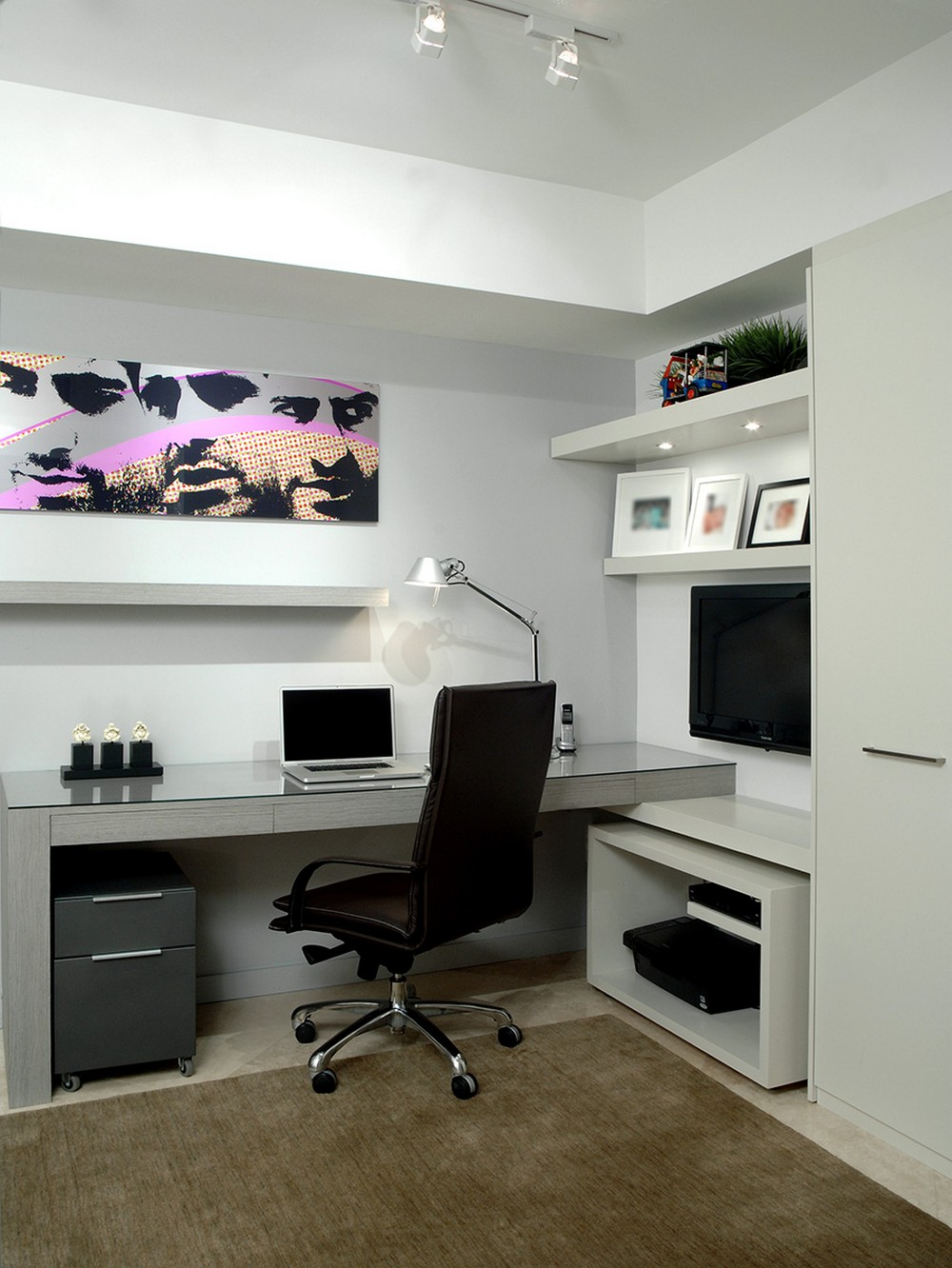 18 Awe-Inspiring Home Office Designs full of Colors and Textures 8
