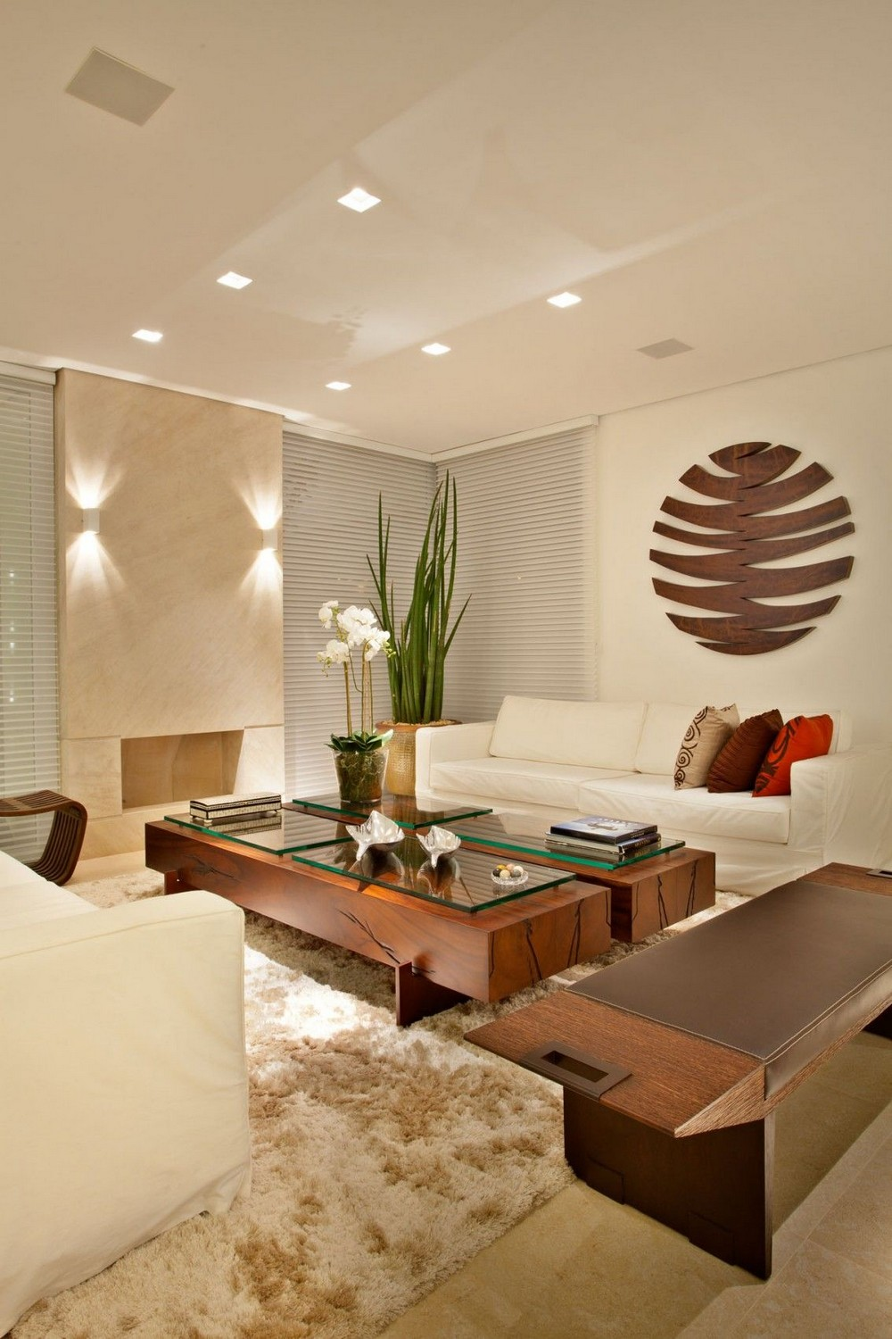 20 Modern Center Tables for a Comfortable and Luxurious Living Room 15