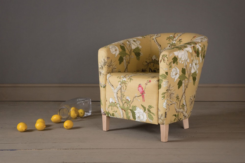 Flora Fabrics: how you can apply this trend to your decor flora fabrics Flora Fabrics: how you can apply this trend to your decor 105884 the tree peony tub chair 1
