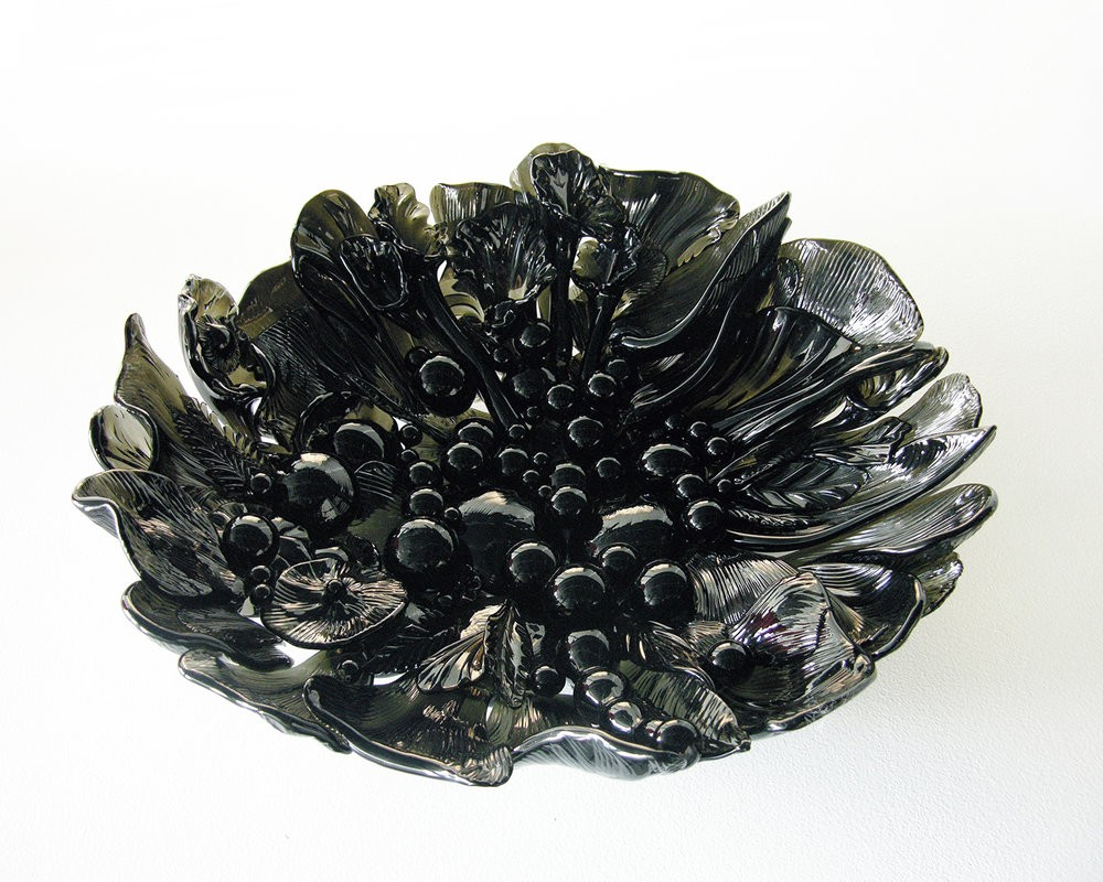 craftsmanship Craftsmanship in America: here are some Art Galleries as reference Heller Gallery Smokey Glass Bowl