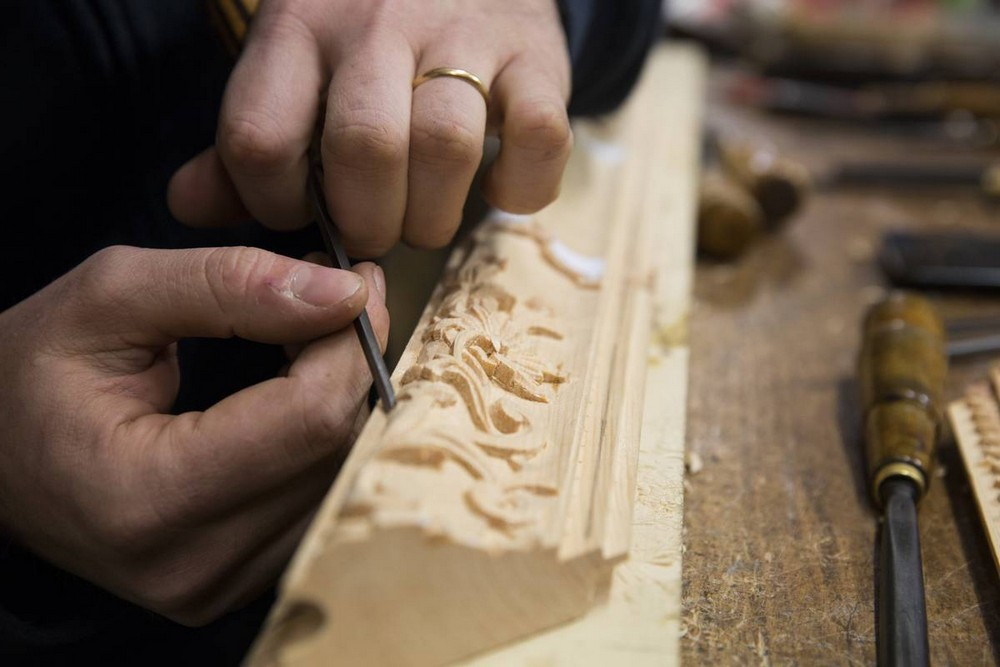 italian craftsmanship Let's have a look at the Most Exquisite Italian Craftsmanship The Most Exquisite Italian Craftsmanship Wood Carving