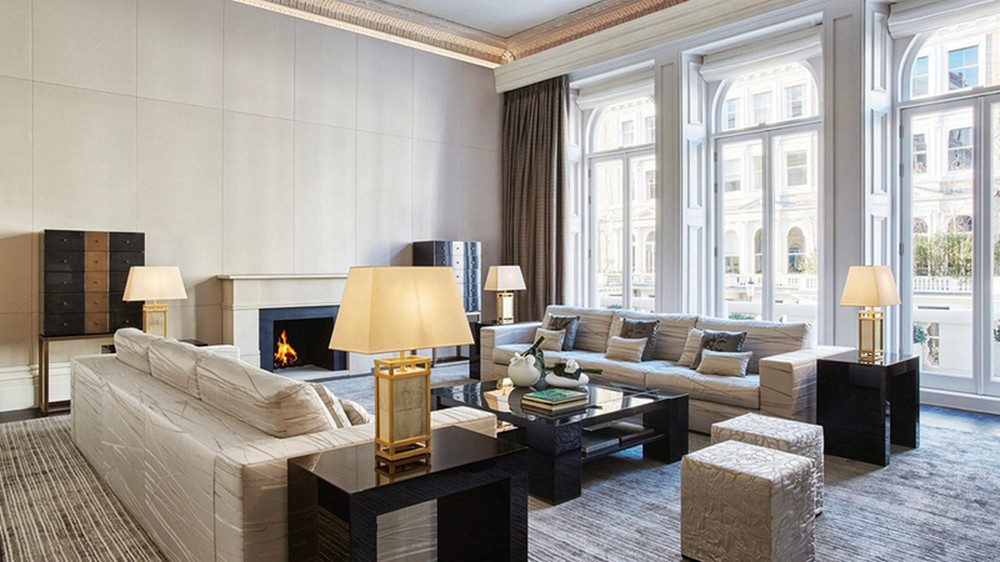 These bespoke furniture brands will glamorize your living room decor bespoke furniture These bespoke furniture brands will glamorize your living room decor Armani