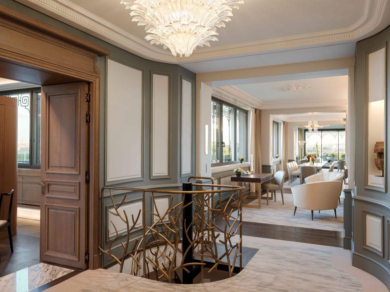 Belle Etoile Suite at Hotel Le meurice 13