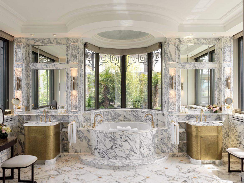 Belle Etoile Suite at Hotel Le meurice 18