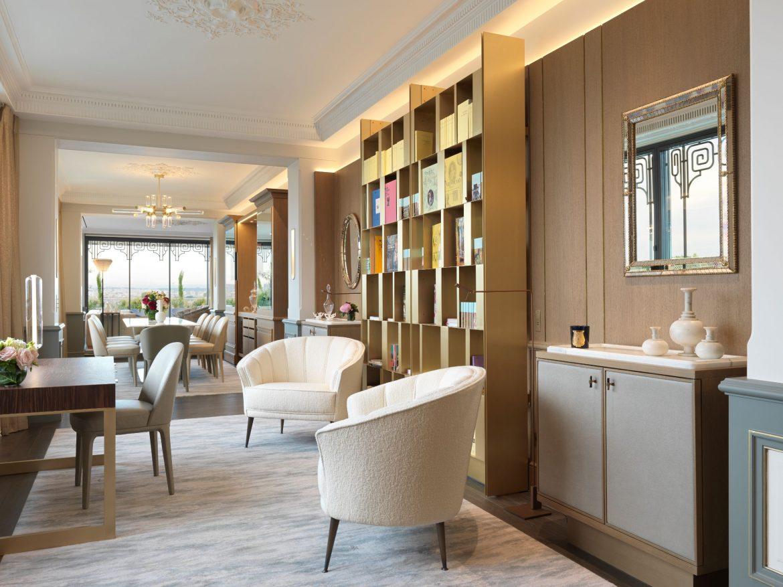 Belle Etoile Suite at Hotel Le meurice 23