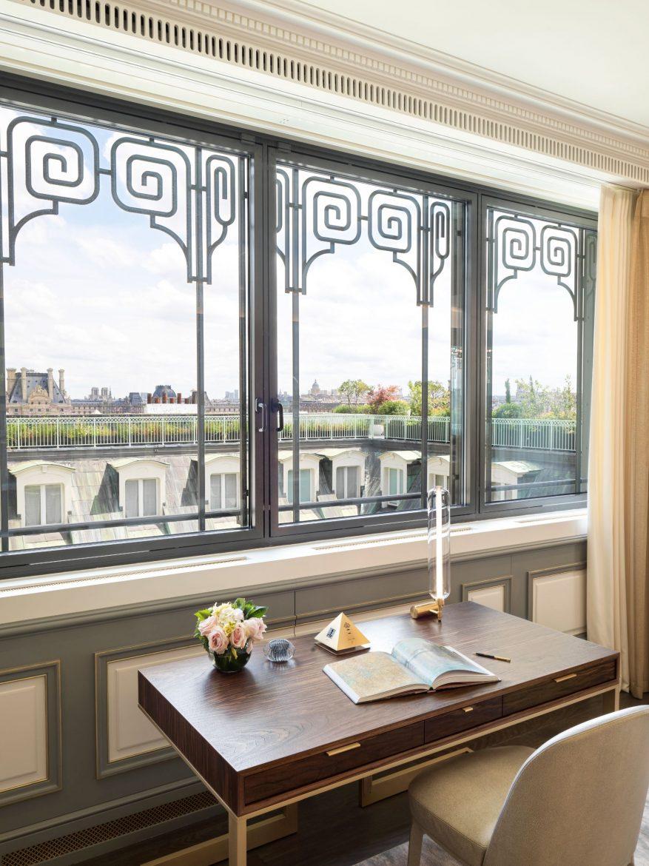 Belle Etoile Suite at Hotel Le meurice 19