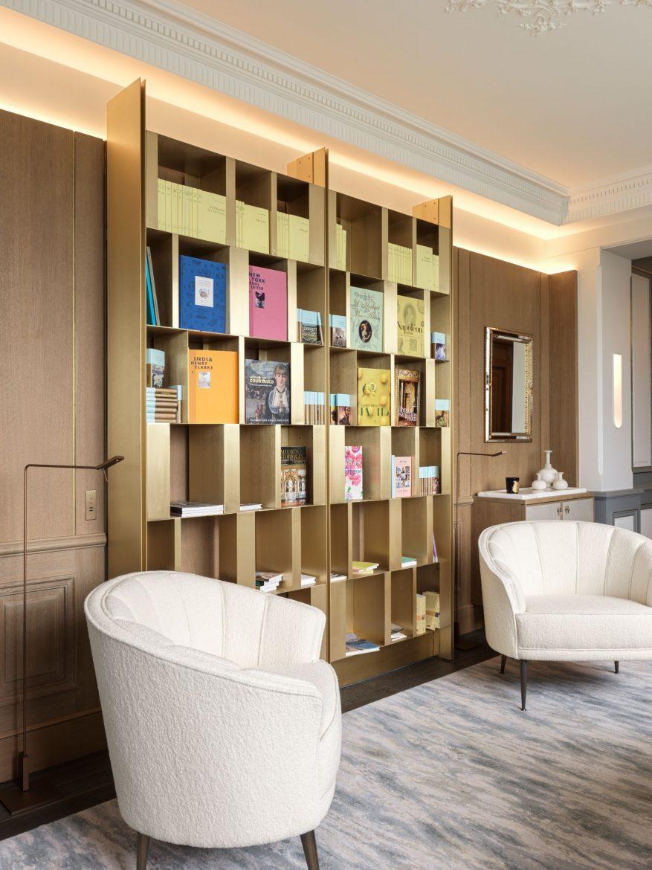 Belle Etoile Suite at Hotel Le meurice 14